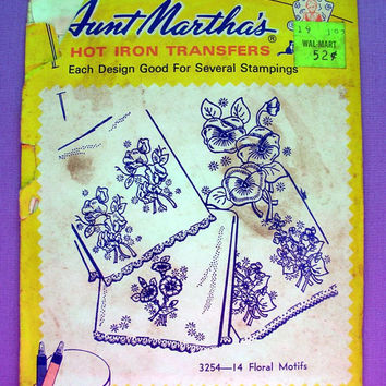 "Vintage Aunt Martha's ""Floral Motifs"" Hot Iron Transfer Pattern 3254 for Embroidery, Fabric Painting, Needle Crafts"