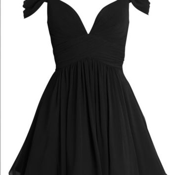 Little Black Elegant A-line Sweetheart Ruched Short Chiffon Homecoming Dress