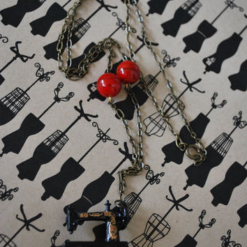 Sewing Machine Necklace, #sewing, #vintage inspired, #minatures