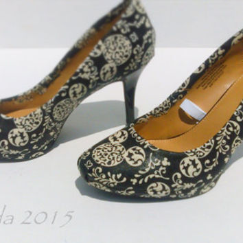 Mickey Mouse-Black and Ivory-womens heels-Disney-wedding shoes-gifts for her-custom shoes-girlfriend gifts-disney geek