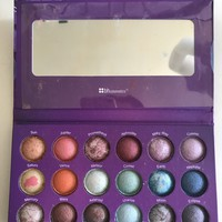 BH Cosmetics 18 Color Baked Eyeshadow Palette Galaxy Chic