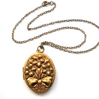 Antique Art Nouveau Floral Repousse Locket Necklace c1900