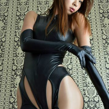 2017 Sexy Lingerie for Women Hot Black Leather Bodysuit with Pants and Gloves Open Hips Latex Catsuit Maid Stripper Clubwear