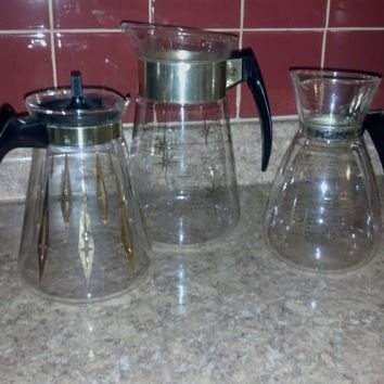 Pyrex and Corning Carafe Trio