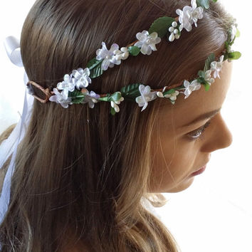 Flower Hair wreath Circlet Bridal Hair Halo White green floral crown. Woodland Wedding boho chic Bride hair circlet. Greek Goddess