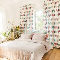 Drapes with Colorful Arrows