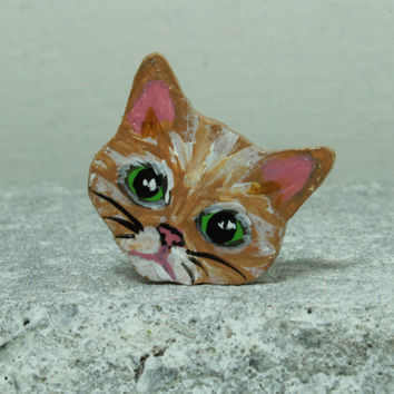 Orange kitten face MINI magnet Handmade pottery magnet Tiny animal