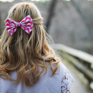 Pink Chevron/Zig-Zag Printed Hair Bow
