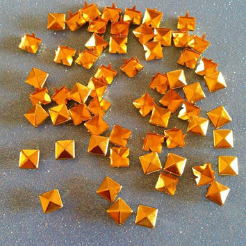 6mm Gold Studs 100 pieces by JMxSweets on Etsy