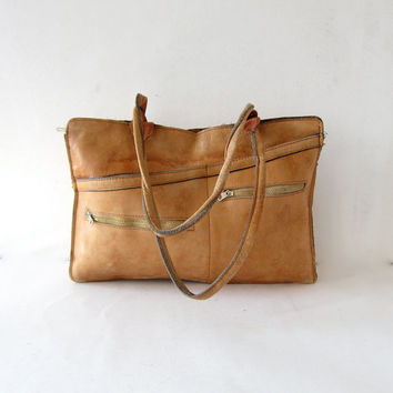 Vintage worn in leather shoulder bag. Distressed leather messenger bag. Hobo bag. Double strap laptop bag.