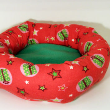 Guinea Pig Cuddle Cup, Hedgehog Snuggle Bed, Rat Cozy Roll - Christmas Presents with Green Fleece