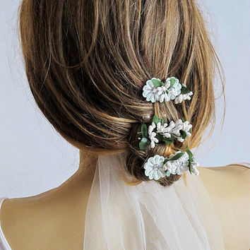 Wedding Flower Hair pins, wedding hair accessories, hair clip, bridal Flower hair, Flower, Bridal Hair Accessory, gift ideas,  Bridesmaid
