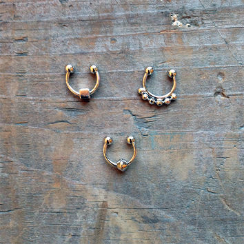 Silver Tiny Faux Septum Piercing Set, Clip on Nose Ring Set