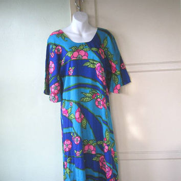 Medium-Lg Blue Floral Print Hippie Muumuu; Bell Sleeves - Festival Dress; Earth Mama Hippie Costume - Psychedelic Project/Repair Dress
