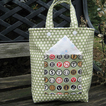 Insulated Lunch Bag Unisex Green Polka Dots And Typewriter Keys