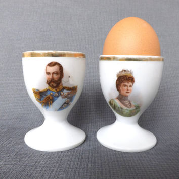 2 Antique King George V 1911 Coronation Egg Cups / British Royal Family / Mary of Teck / Boiled Egg Holders / Antique Kitchen Decor