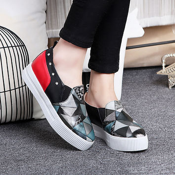 Women Floral Printed Studded Loafers Platform Shoes 8320