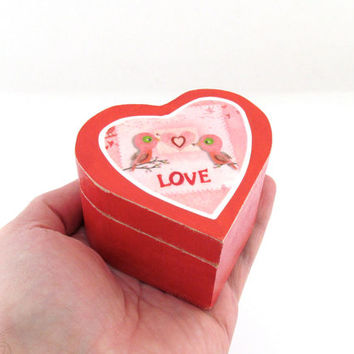 Love Birds Wedding Rings Box - Heart Shaped Wooden Lidded Box - Pill Box, Powder Box and great Vitamin Box too