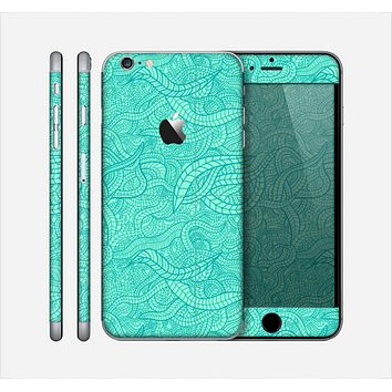 The Teal Leaf Laced Pattern Skin for the Apple iPhone 6 Plus