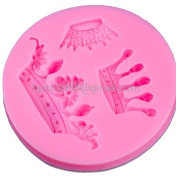 DIY Crown kitchen Tools 3D Silicone Fondant Mold Chocolate Mold Cake Decorating Tools Baking Tool CD-F528