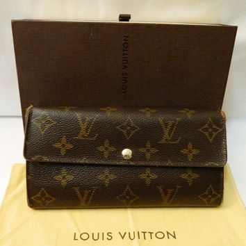 Authentic Louis Vuitton Monogram Clutch Wallet needs tlc -w Box and Dust Bag