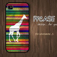 Giraffe on aztec style : Handmade case For Iphone 4/4s ,5