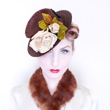 1940s Hat / VINTAGE / 40s Hat / Tilt Hat / Topper / Roses / Brown / Straw / Toy / PRETTY