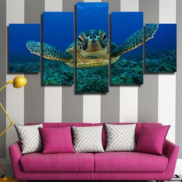 Deep Sea Turtle Wall Aquarium Art Picture Modern Home Wall Decor Print