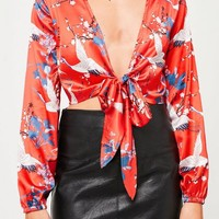 Missguided - Red Oriental Print Tie Front Crop Top