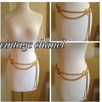 ONETOW VINTAGE CHANEL GOLD CHAIN BELT 40' LENGTH