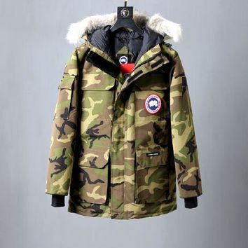 Canada Goose down jacket plus cotton thick / camouflage