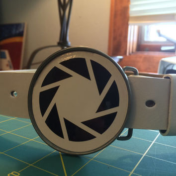 Aperture Laboratories Belt buckle (With belt of your choice)