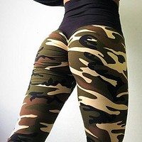 High Waist Camo Scrunch Leggings