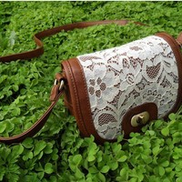 The bud silk small PU bag