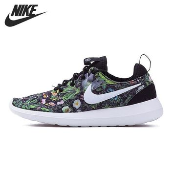 NIKE ROSHE TWO PRINT Women's Running Shoes Sneakers