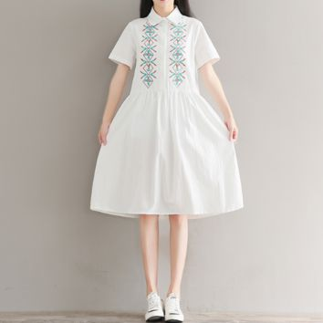 EMBROIDERED LAPEL SHORT SLEEVES LOOSE LARGE SIZE COTTON AND LINEN DRESS