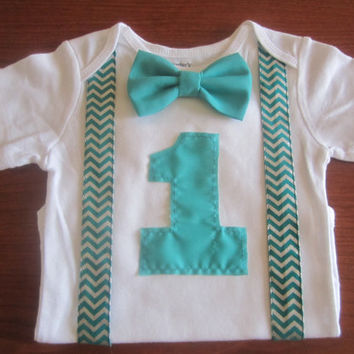 Boy first birthday outfit, Boy's green chevron suspender birthday bodysuit, Boy first birthday onsie, baby green chevron birthday Onesuit
