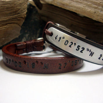 FREE SHIPPING - Mens Personalized Bracelet, Men's leather bracelet,  Brown leather and Aluminium Plate,Coordinate Personalized Bracelet.
