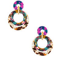 BANDED HOOP EARRING IN JUNGLE PUNCH