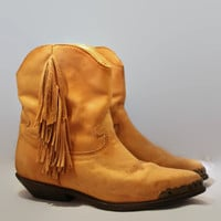 Vintage 80s Festival Fringe Boots By Zodiac// Fringe Ankle Booties// Boho Gypsy Boots// Tan Camel Boots// Western Cowboy Boots// SZ 7