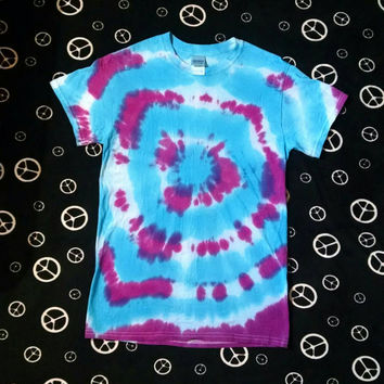 Turquoise and Violet Tie Dye Tee Shirt ~ Unisex Small