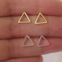 triangle earring,earrings,cute earrings,unique earrings,bridesmaid gift,women earrings,stud earring