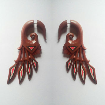 Fake gauge earrings, wings triangle, fake earrings, organic earrings, body art jewelry, fake piercing, organic body jewelry