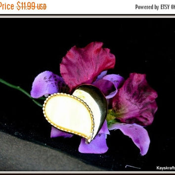 25% OFF Heart Brooch, Pin, Mother Of Pearl Gold Tone Vintage Heart, Mothers Gift, Birthday Gift, Accessory