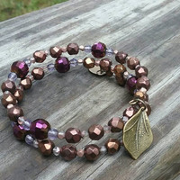 Memory wire beaded bracelet. Leaf charm. Bronze and purple bracelet. Fall jewelry.