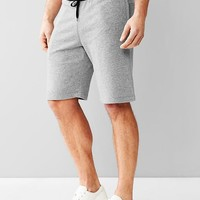 Gap Men Gym Issue Contrast Fleece Shorts 10""