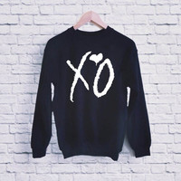 XO the weeknd UNISEX SWEATSHIRT heppy fit & sizing