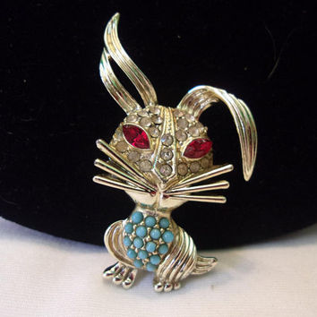 Vintage Bunny Rabbit Jeweled Faux Turquoise Beads Glass Rhinestone Gold Plate Brooch Pin