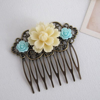 Ivory Cream and Blue Flowers Floral Hair Comb. Ivory Mum, Mint Blue Roses Antiqued Brass Hair Comb. Floral Collage Chic Comb