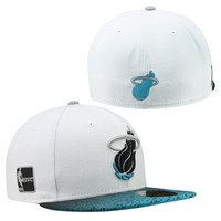 New Era Miami Heat Hardwood Classics Grada Hook 59FIFTY Fitted Hat - White